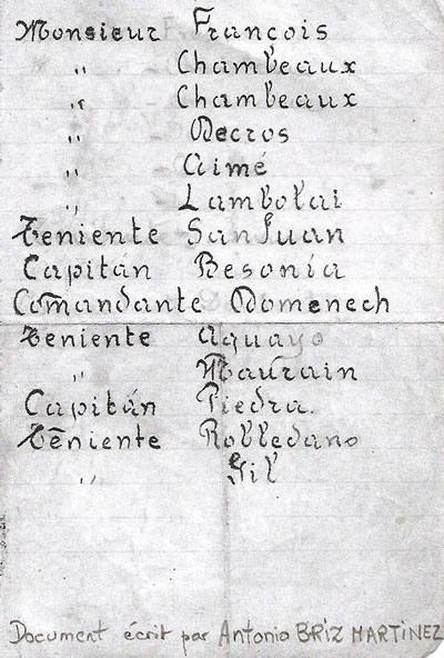 Document écrit par l'élève-pilote Antonio Briz-Martinez qui indique ses principaux instructeurs français et ses contacts espagnols durant la formation à Meaux-Esbly. (Coll. Famille Antonio Briz)